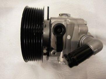Servo pumpa -2.7 TDV6